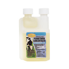 Country Vet FarmGard Permethrin Insect Control Concentrate